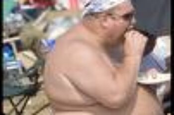 fat-man-eating