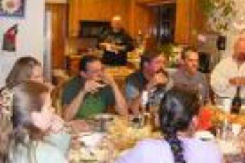 people-feasting