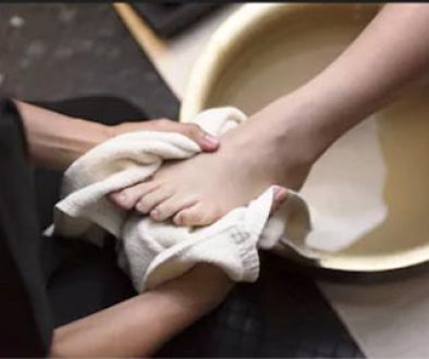 foot-washing